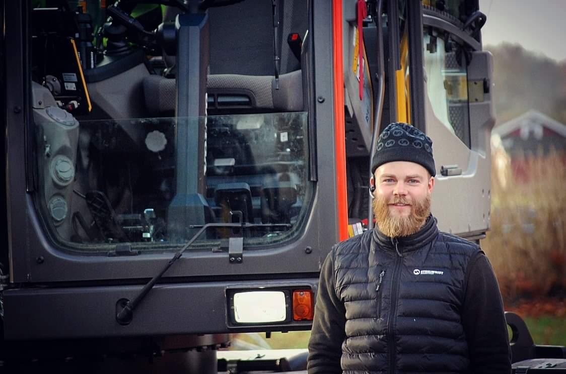 Maskinföraren Benny tar Instagram med storm